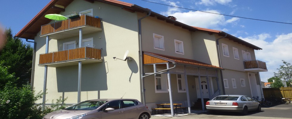 VERKAUFT! Gleisdorf: Zinshaus mit 6 oder 8 Wohnungen. Teilkauf möglich. Circa 5% Rendite