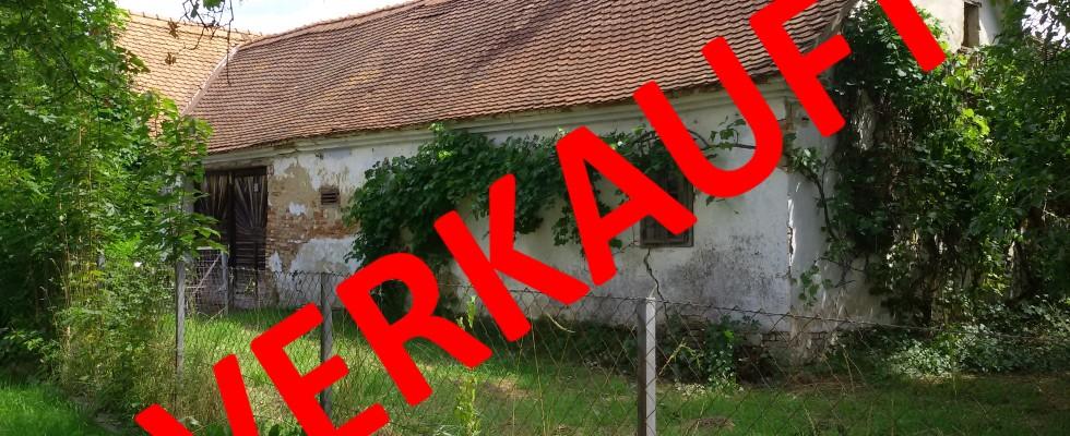 HARTBERG Nähe: Baufälliger bis abbruchreifer Vierkanthof mit Baugrund. Hohe Bebauungsdichte!