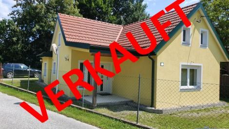GRAZ UMGEBUNG: Schönes, gepflegtes, kleineres Einfamilienhaus mit herrlichem Innenhof. GUTE LAGE!